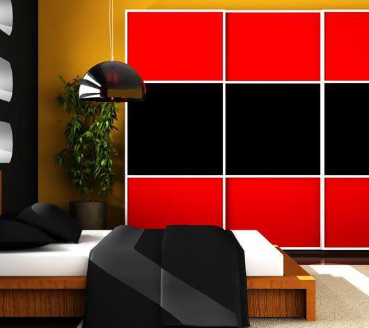 ארון הזזה שחור אדום בשילוב זכוכית